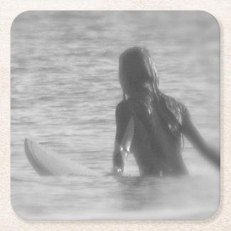 サーファーの女の子 スクエアペーパーコースター
