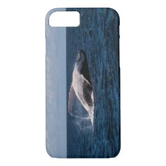 サーファーの楽園を離れたザトウクジラの尾肝蛭 iPhone 8/7ケース