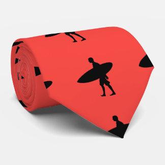 サーフボードを運んでいる人 オリジナルネクタイ