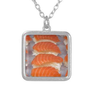 サーモンピンクの寿司-刺身 シルバープレートネックレス