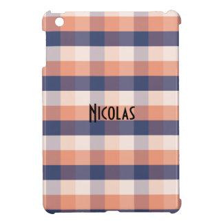 サーモンピンクの青いベージュギンガムパターン名前をカスタムする iPad MINIケース