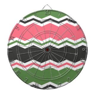 サーモンピンク、緑および黒シェブロン ダーツボード