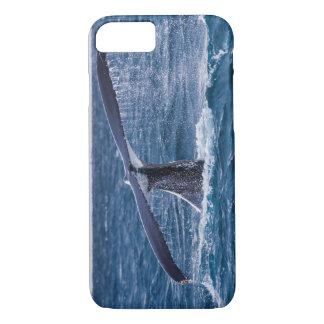 ザトウクジラのサーファーの楽園の太平洋 iPhone 8/7ケース