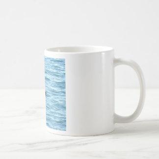 ザトウクジラの尾クイーンズランドオーストラリア コーヒーマグカップ