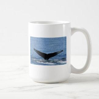 ザトウクジラの尾肝蛭のマグ コーヒーマグカップ