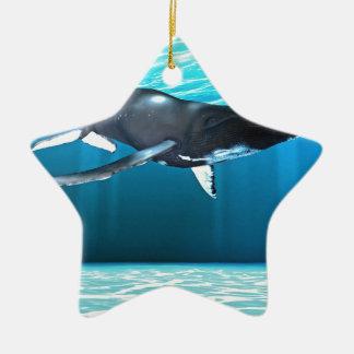 ザトウクジラの水泳 セラミックオーナメント