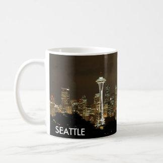 シアトルのスカイラインのコーヒーカップ コーヒーマグカップ