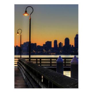 シアトルワシントン州の都心のスカイライン ポストカード