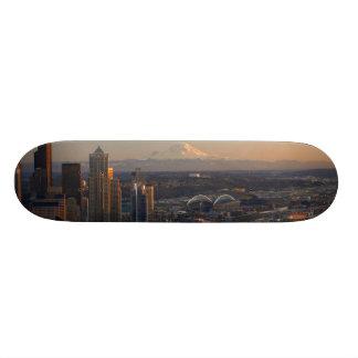 シアトル都市スカイライン2の空中写真 スケートボード