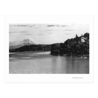 シアトル、WA湖のワシントン州の眺めおよび雨 ポストカード