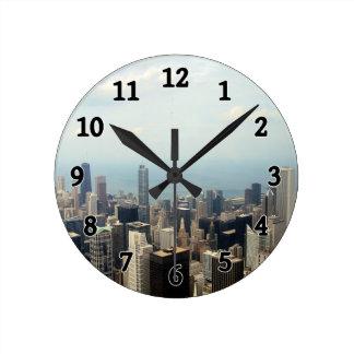 シアーズ・タワーから見られる3つの高い建物 ラウンド壁時計