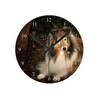 シェットランド・シープドッグの魔法の時計 ラウンド壁時計