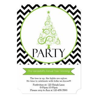 シェブロンのクリスマスツリーのトリミングのパーティの招待状 カード