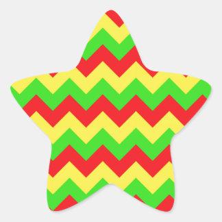 シェブロンの赤く、黄色、緑のデザイン 星シール