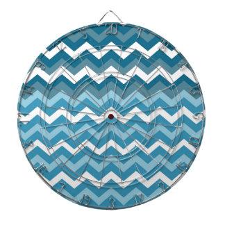 シェブロンの青のジグザグ形の波 ダーツボード