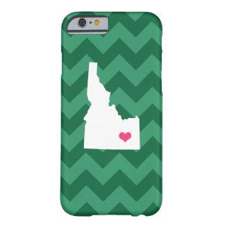 シェブロン名前入りでモダンな緑のアイダホのハート BARELY THERE iPhone 6 ケース