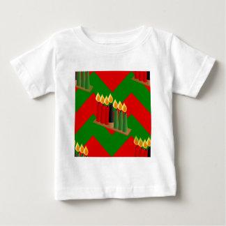 シェブロンkwanzaa ベビーTシャツ