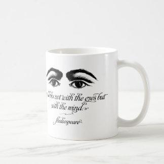 シェークスピアのマグ、愛は目とない見ます コーヒーマグカップ