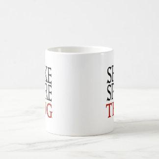 シェークスピアの刺客のマグ コーヒーマグカップ