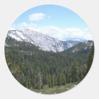 シエラネバダ山脈山ヨセミテからのII ラウンドシール