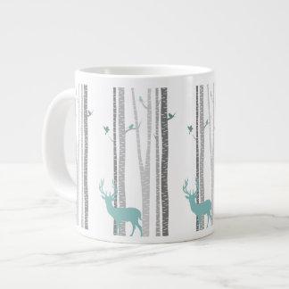 シカが付いている樺の木 ジャンボコーヒーマグカップ