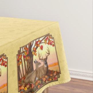 シカのニューイングランドのカエデの木の秋の黄色 テーブルクロス