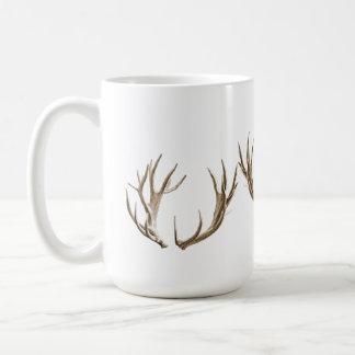 シカのハンターの(雄ジカの)枝角のコーヒー・マグ コーヒーマグカップ