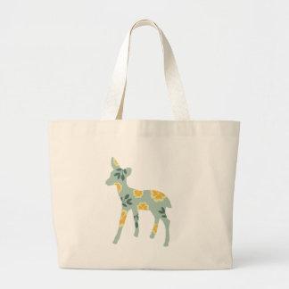 シカの子鹿の国パターンシルエット ラージトートバッグ