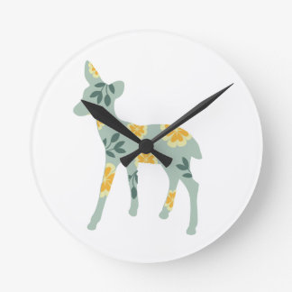シカの子鹿の森林動物の民芸の自然パターン ラウンド壁時計
