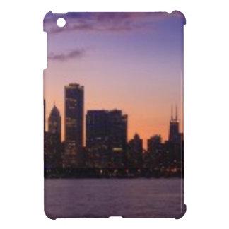 シカゴのスカイライン上の太陽セット iPad MINIケース