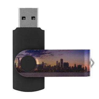 シカゴのスカイライン上の太陽セット USBフラッシュドライブ
