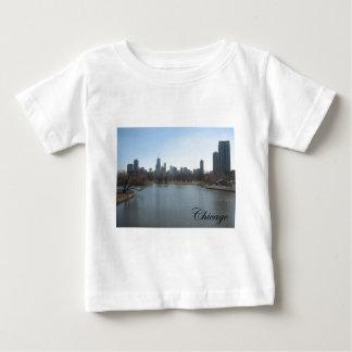 シカゴのスカイライン ベビーTシャツ