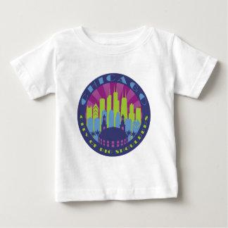 シカゴの大きい肩のカッコいい ベビーTシャツ