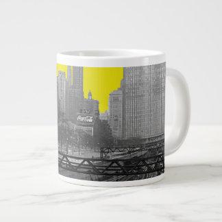 シカゴの柵のヤードのミシガン州の道の60年代の写真 ジャンボコーヒーマグカップ