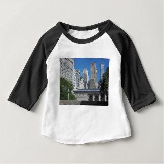 シカゴの都市景観 ベビーTシャツ