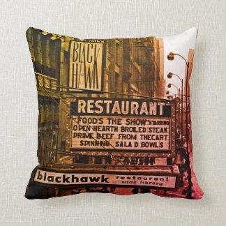 シカゴの60年代のBlackhawkのレストランの印の通り クッション