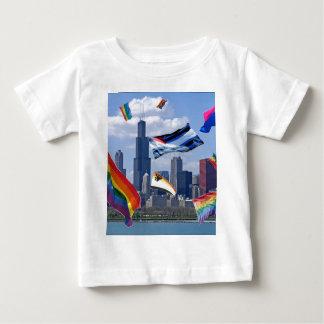 シカゴ上の飛んでいるなプライド ベビーTシャツ
