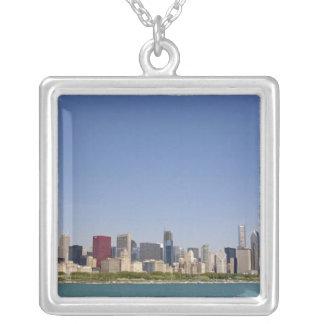 シカゴ、イリノイ、米国のスカイライン シルバープレートネックレス