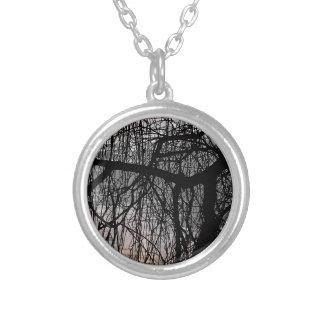 シダレヤナギの木 シルバープレートネックレス