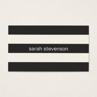 シックでスタイリッシュで黒く、クリーム色のストライプのなモダン スタンダード名刺