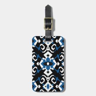 シックで幾何学的な暗藍色の種族のイカットのプリント ラゲッジタグ