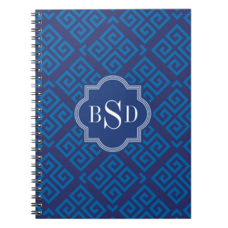 シックで青いギリシャ人の鍵幾何学的なパターンモノグラム ノートブック