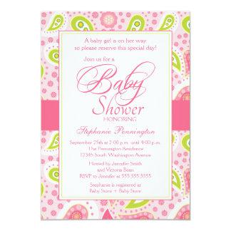 シックなショッキングピンクの緑のペイズリーのベビーシャワーの招待 カード