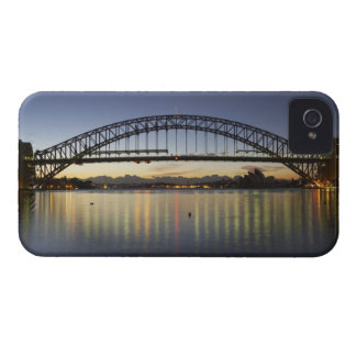 シドニーのハーバーブリッジおよびシドニー・オペラハウスの Case-Mate iPhone 4 ケース