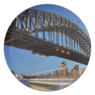 シドニーのハーバーブリッジ、シドニー・オペラハウスおよび2 プレート