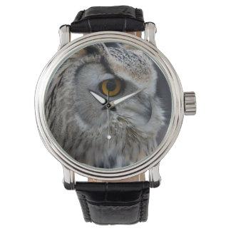 シベリアのワシミミズク 腕時計