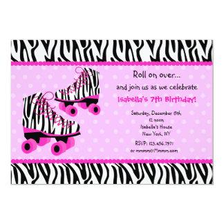 シマウマのローラースキーズのスケートの誕生日の招待状 カード
