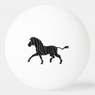 シマウマの黒いおよび灰色のプリントのシルエット 卓球ボール
