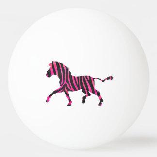 シマウマの黒く、ショッキングピンクのシルエット 卓球ボール