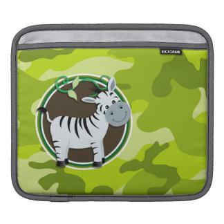 シマウマ; 若草色の迷彩柄、カムフラージュ iPadスリーブ
